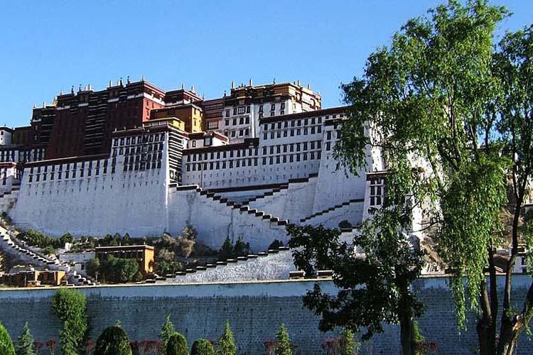 Lhasa Tour via Everest Base Camp